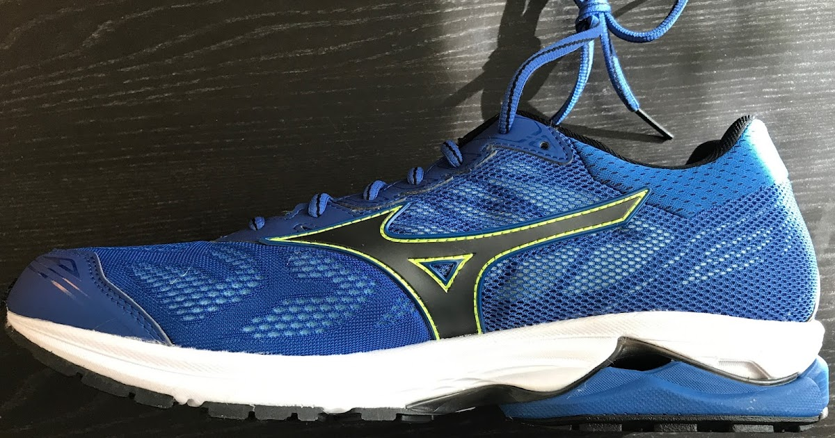 8a06d7a0bf3c Road Trail Run: Mizuno Wave Rider 21 Review: Strongly Divided Opinions