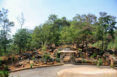 Akses jalan ke Taman Batu Gunung Karang sudah hotmix