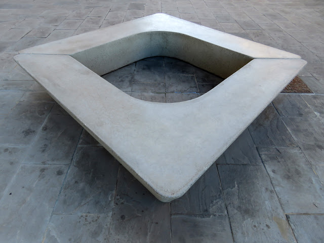 Bench at the Porta a Mare shopping center, Via Carlo Coccioli, Livorno