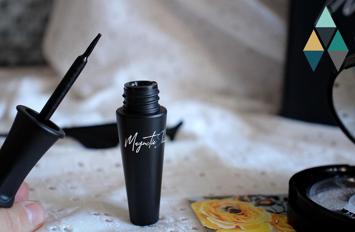 revue beauté kit eyeliner noir intense magnétique faux cils naturel