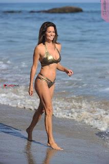 Brooke-Burke-In-Bikini-in-Malibu-05+%7E+SexyCelebs.in+Exclusive.jpg