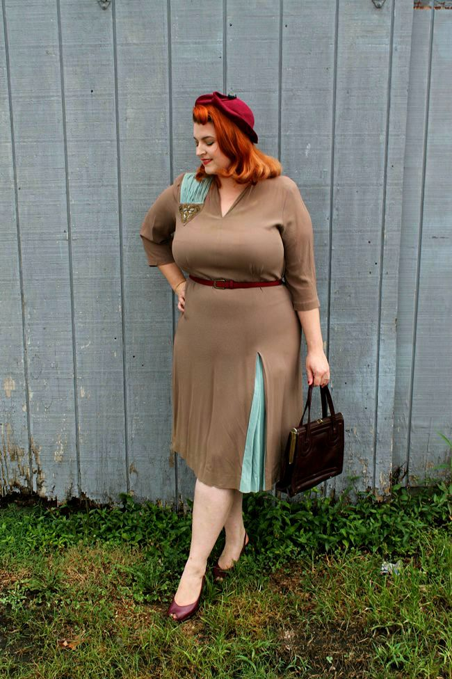 plus size vintage 1940s dress via va voom vintage with Brittany