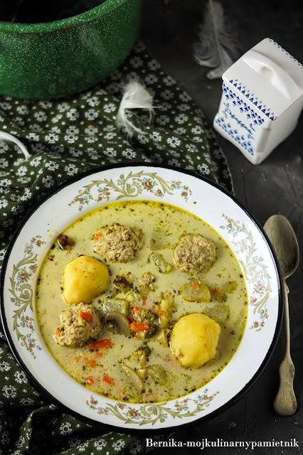 zupa, jarzynowa, klopsiki, klopsy, bernika, jarzyny, warzywa, mieso mielone, ziemniaki, obiad, kulinarny pamietnik
