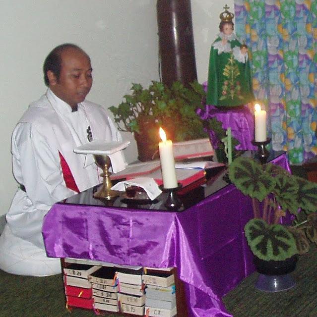 Makna Warna Busana Liturgi