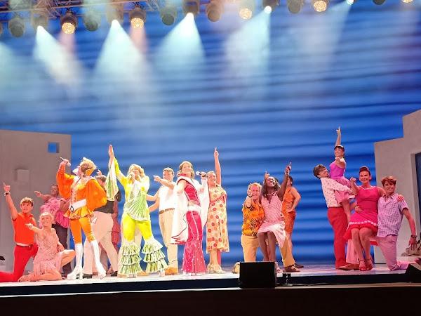 Pengalamanku Nonton Drama Musikal Mamma Mia!