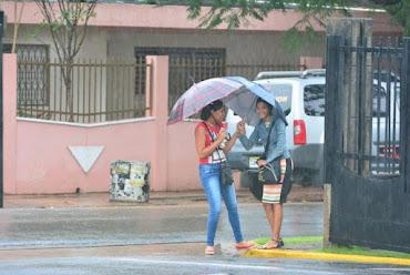 Pronostican lluvias y altas temperaturas; zona de aguaceros tiene 90% para convertirse en ciclón