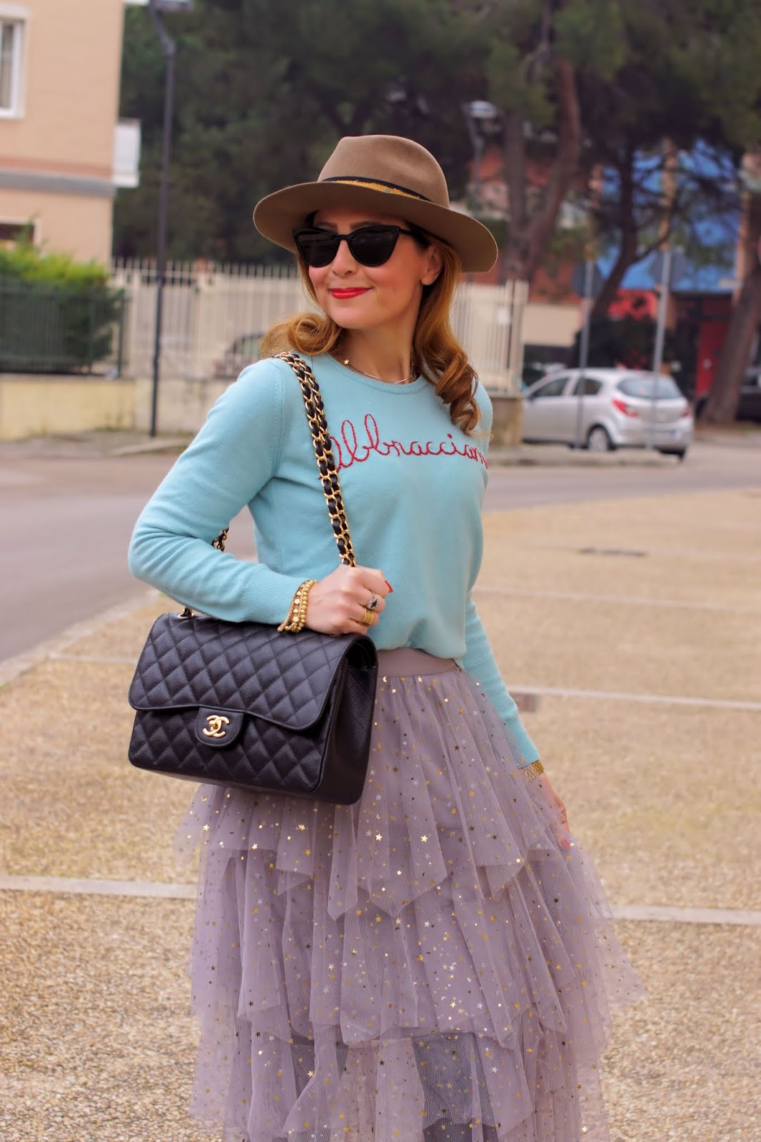 Tulle skirt and Combat boots outfit idea on Fashion and Cookies fashion blog, fashion blogger style