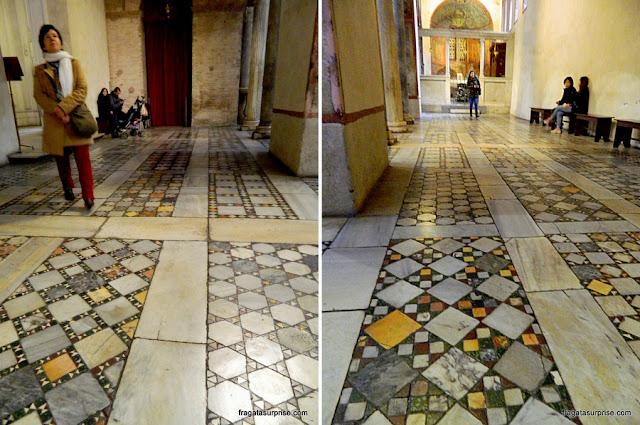 Pisos em mosaicos da Igreja de Santa Maria in Cosmedin, em Roma