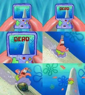 Polosan meme spongebob dan patrick 86 - patrick main ski sambil bermain video game