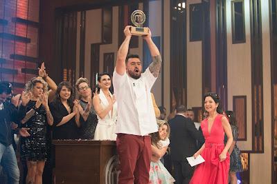 Cozinheiro leva para casa o prêmio de R$ 200 mil - Divulgação/Band