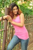 Aarthi glamorous photo gallery-thumbnail-31