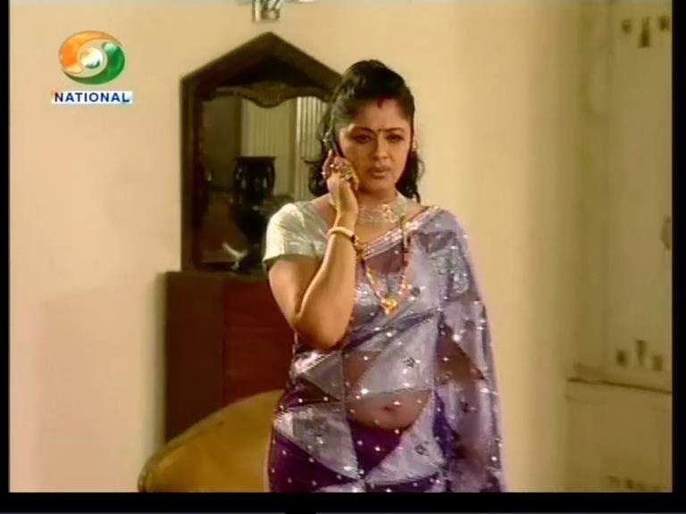 Malayalam Serial Actress Navel Show In Saree - compucrise