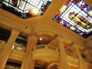 Arquitetura e Vitrais do Santander Cultural - em Porto Alegre (RS)