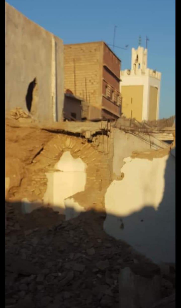 هدم واعادة بناء مسجد الرحبة القديمة بمدينة تارودانت الآيل للسقوط بين وجهات النظر المختلفة .