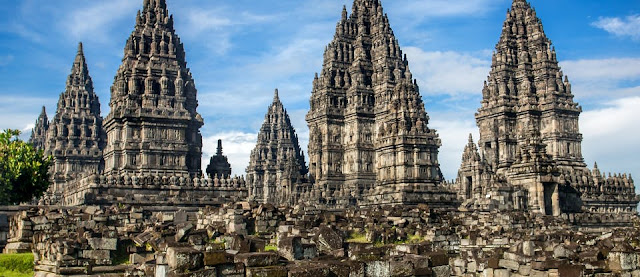 Wisata Candi Prambanan