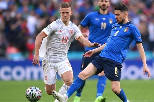 التشكيل الرسمي لمباراة إيطاليا وإسبانيا