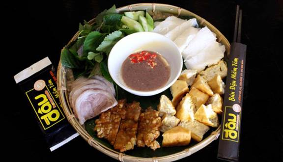 Living in Saigon, as a fan of shrimp and shrimp bean noodles, have you ever tried these 2 famous restaurants?