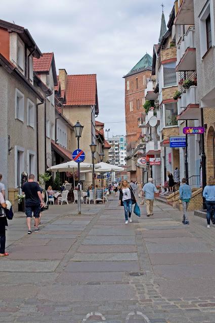 centrum miasta Kołobrzeg, widok na kamienice