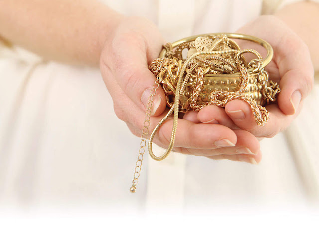 How To Unlock Instant Cash With Gold Loans?