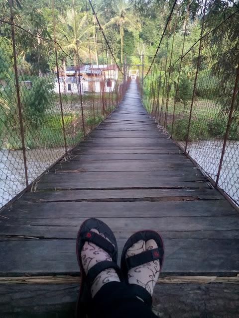 Jembatan di Tarutung