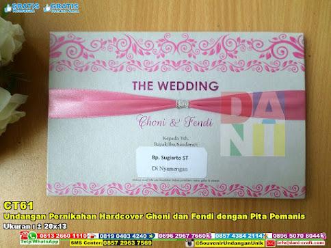 Undangan Pernikahan Hardcover Ghoni Dan Fendi Dengan Pita Pemanis