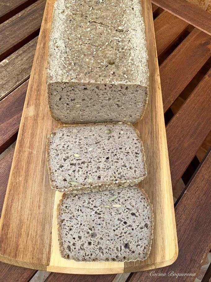 Pan de trigo sarraceno y arroz integral con 5 semillas (en panificadora)
