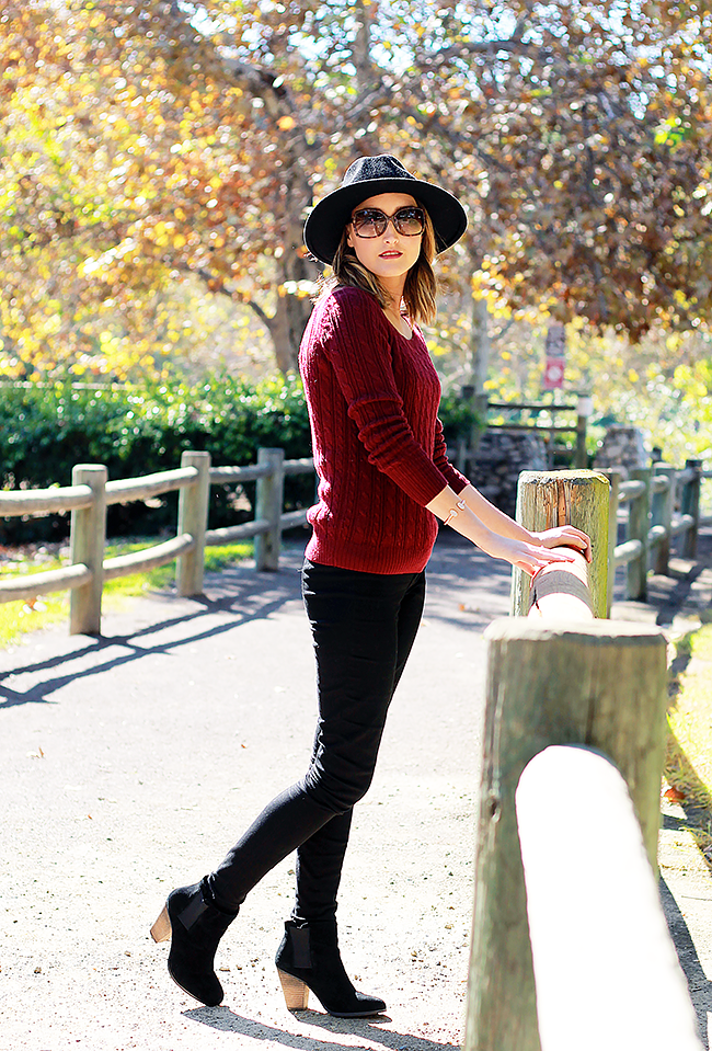 American Eagle Outfitters Burgundy Sweater