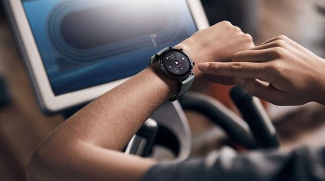 Multifungsi,-Ini-6-Alasan-Kenapa-Anda-Perlu-Membeli-dan-Memiliki-Smartwatch