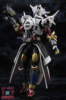 S.H. Figuarts Kamen Rider Evol Black Hole Form (Phase 4) 29