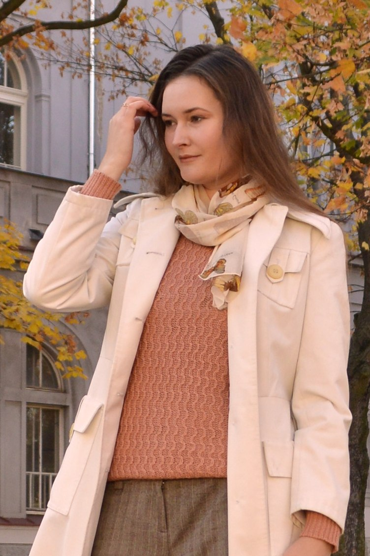 autumn outfitpost, georgiana quaint, second-hand outfit, autumn pants, autumn fashion, vintage coat, textile house secondhand
