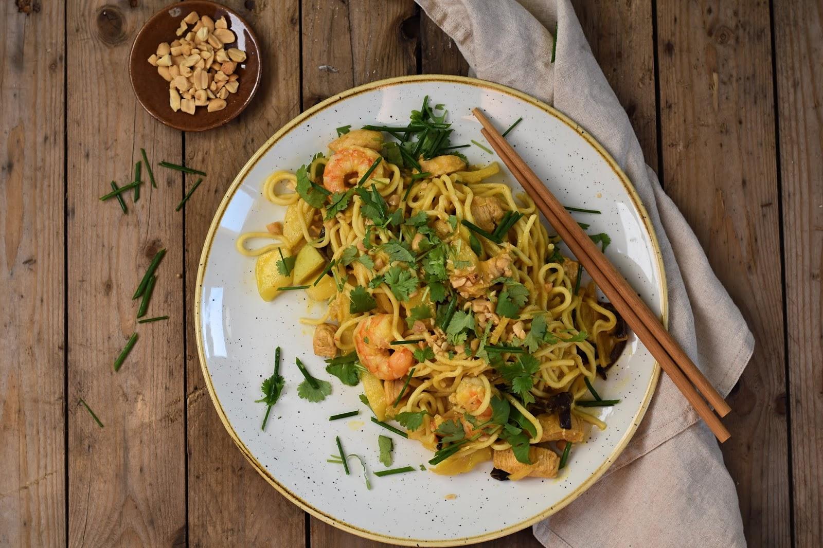 Raj Podniebienia Makaron Azjatycki W Sosie Mango Curry