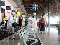 Cegah Corona, Kereta dan Stasiun Rutin Disemprot Disinfektan
