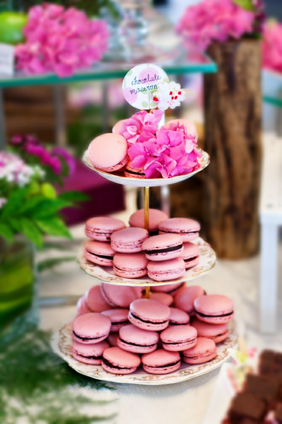 macaroon cake stand - photo #2