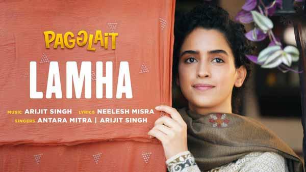 arijit singh lamha lyrics pagglait movie