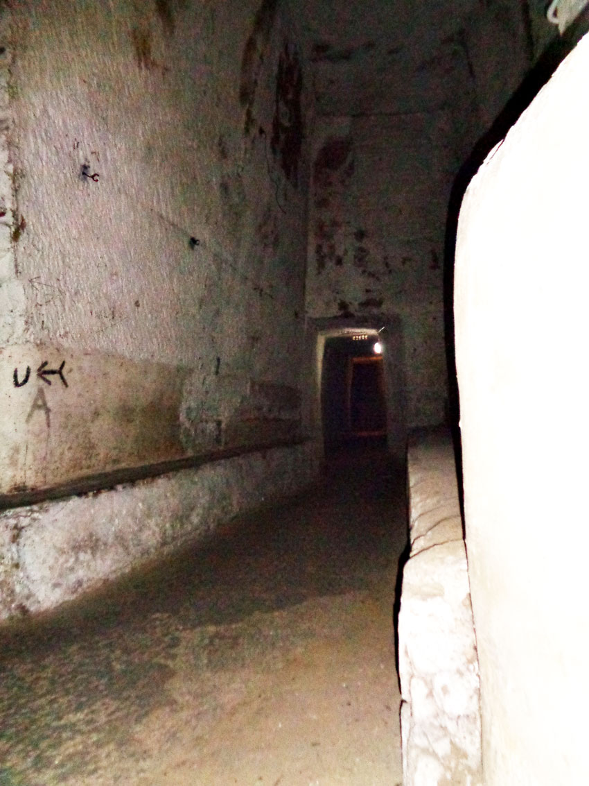 Zwiedzanie podziemnego Neapolu — informacje praktyczne. Co zobaczyć w Neapolu?