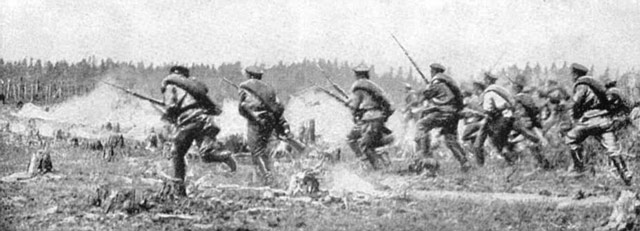 Russian soldiers attack at the Battle of Tannenberg 1914 worldwartwo.filminspector.com