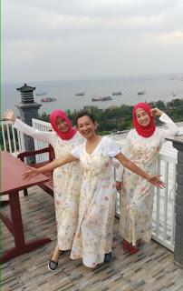 Tiga Putri Oseng di Three-B Café Ketapang, Banyuwangi