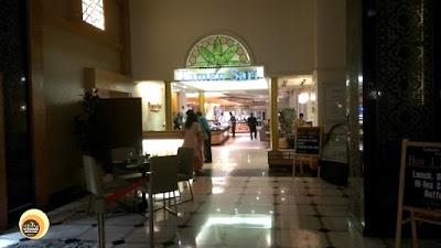 Entrance of Taman Sari Brassiere, Hotel Istana , Restaurant