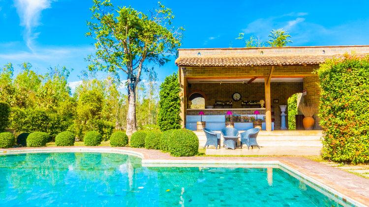 Rosario, crece la búsqueda de terrenos para construir un quincho y una piscina