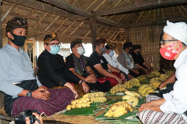 Ritual menolak balak di Lombok