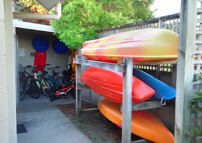 The Lakeside Villas - Kayak and Bicycle Shed