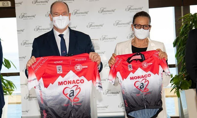 Prince Albert and Princess Stephanie received their personalized cycling jerseys of EKOI