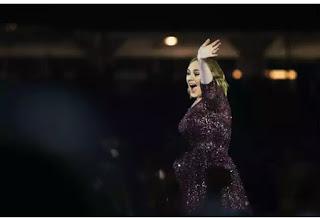 Adele just broke Billboard records set by Carole Kings