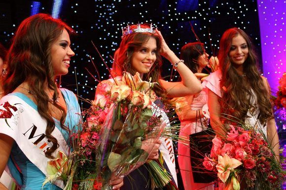 Global Beauties: Miss Armenia 2012 | The Pageant Analyst