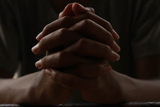 Harus Dijaga Supaya Api Tetap Menyala Di Atas Mezbah, Janganlah Dibiarkan Padam Imamat 613