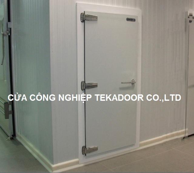 Cửa bản lề kho lạnh Cooler Room Door