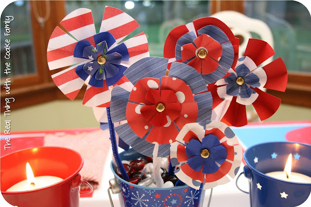 Simple and cute 4th of July centerpiece. #4thofJuly #Centerpiece #RealCoake