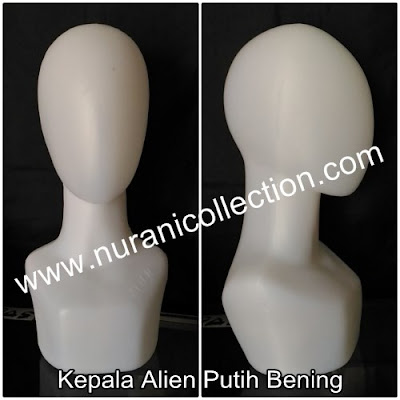 Manekin Patung Kepala Alien