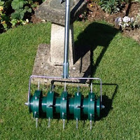Greenkey Rolling Lawn Aerator