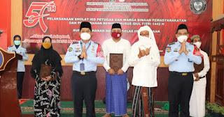 Sebanyak 215 Warga Binaan Rutan Kraksaan Terima Remisi Idul Fitri 1442 Hijriyah